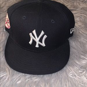 New Era Yankee adjustable Navy Hat